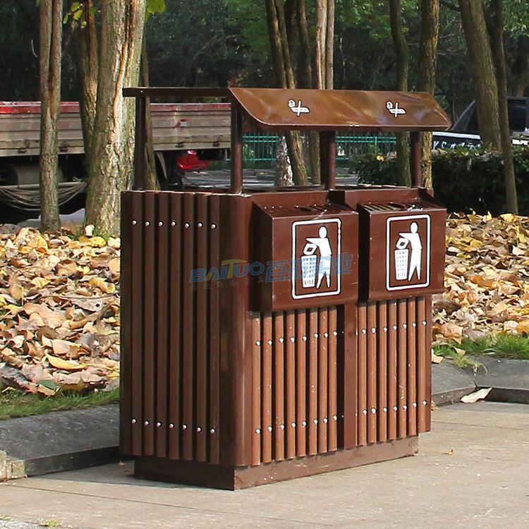 户外分类钢木垃圾桶侧面展示图